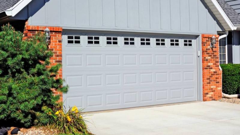 Residential Raised Panel Garrett S Garage Doors