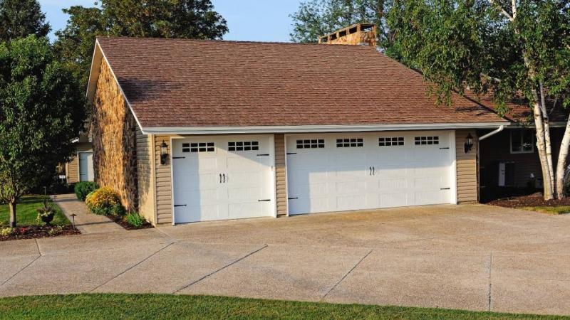 Garrett S Garage Doors Residential Carriage House Stamped