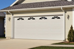 chi-long-raised-panel-garage-door-0003