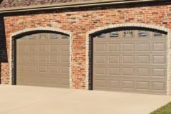 chi-short-raised-panel-garage-door-0005